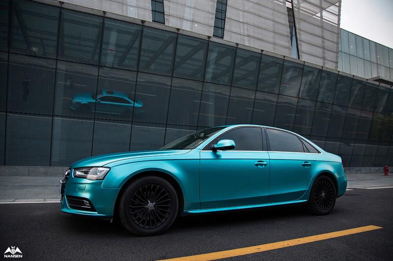 奥迪汽车电光湖水蓝改色贴膜效果细节图