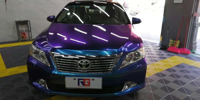 丰田凯美瑞汽车改色,丰田车身改色,汽车改色加盟,RG瑞集汽车改色贴膜,汽车改色培训